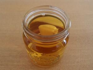 木酢液とニンニク