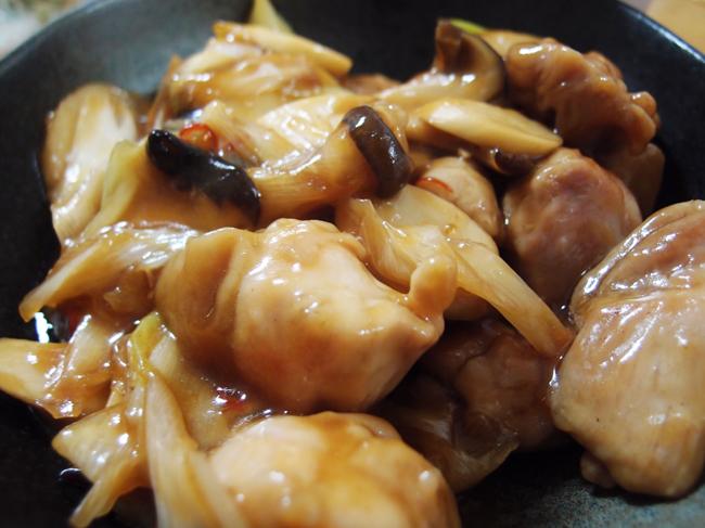 生唐辛子と鶏もも肉の炒めもの